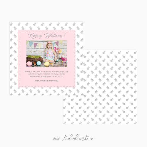 Karta wielkanocna ze zdjęciem i tłem z motywem szarych króliczków malowanych akwarelami