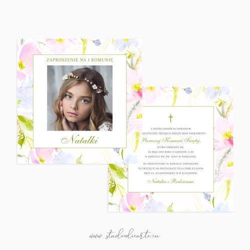 Zaproszenia na Pierwszą Komunię Świętą ze zdjęciem i motywem kwiatów malowanych akwarelami w pastelowych kolorach